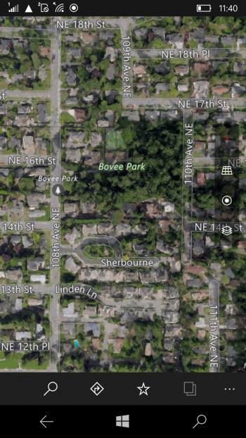 Городской парк Бови 100х100 м Спутник скриншот моб